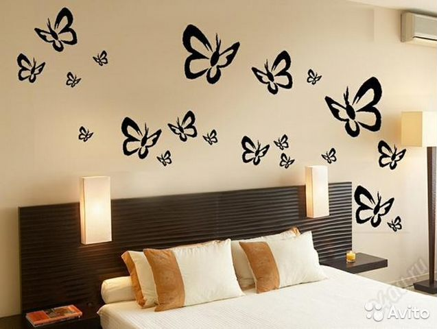 Бабочки на стене нарисовать