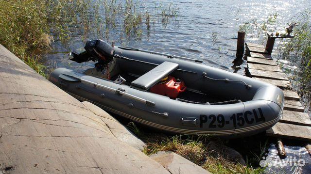 лодочный мотор тохатсу на лодке кайман