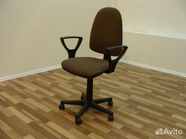 Компьютерное кресло    авито