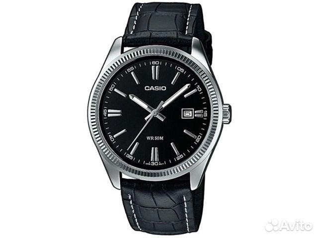 Стильная мужские часы casio