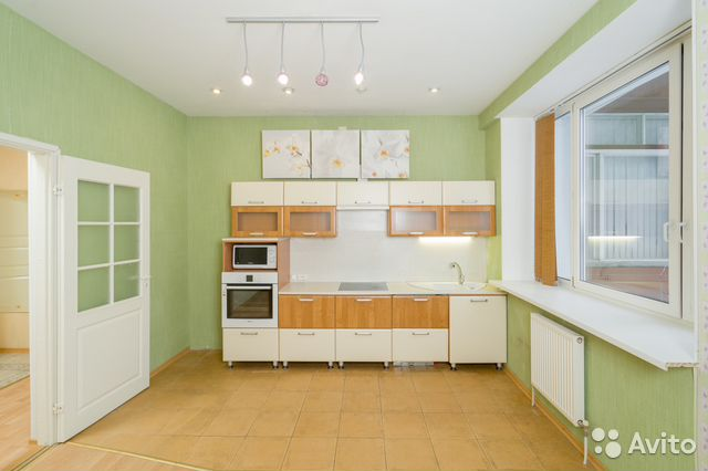 Продается трехкомнатная квартира за 7 900 000 рублей. Петрозаводск, Республика Карелия, Октябрьский проспект, 28Б.