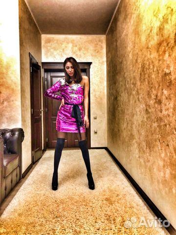 ff028cbf795 Платье с пайетками розовое малиновое на одно плечо— фотография №1
