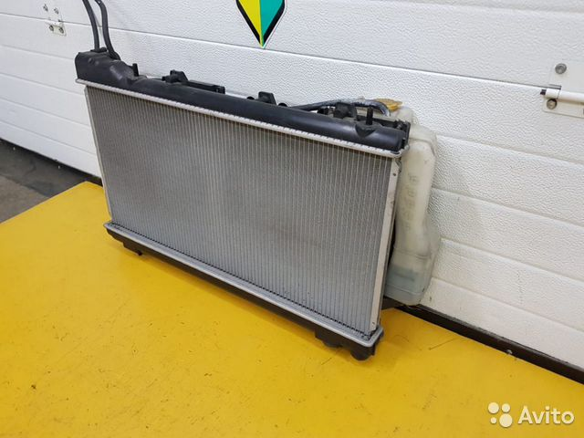 Радиатор Subaru Forester, SF5