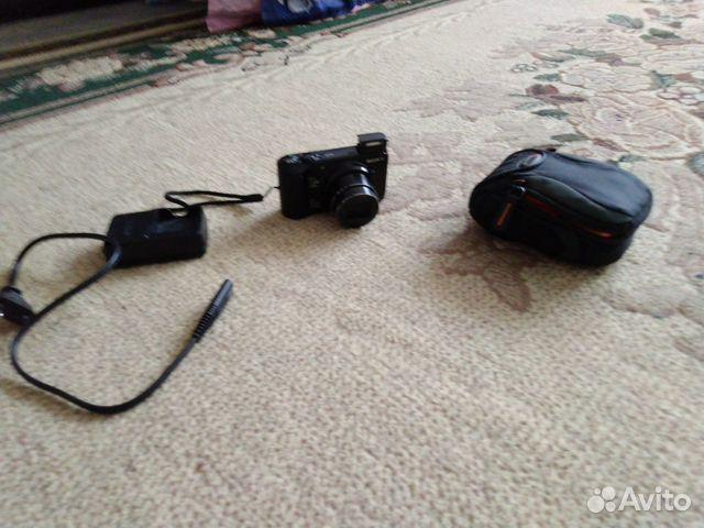 Фотоаппарат Soni HD movie 720 p