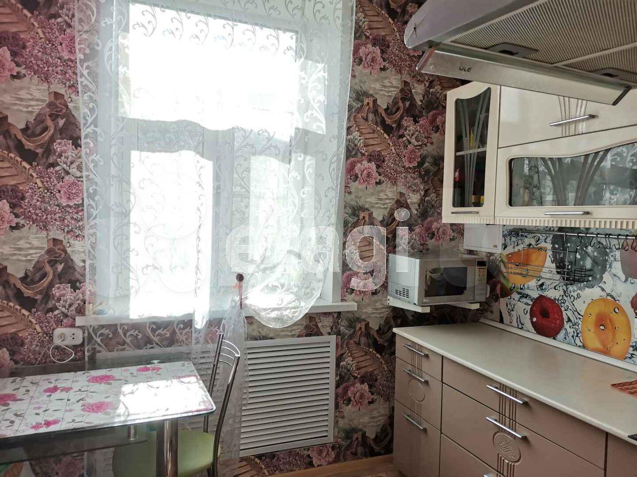 2-к квартира, 48 м², 2/2 эт.